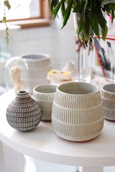 Meet Jane Hedreen, Designer/Owner Of flora and henri - Crafts - Vase ideen Pottery Tools, Pottery Classes, Pottery Mugs, Ceramic Pottery, Thrown Pottery, Slab Pottery, Ceramic Decor, Ceramic Planters, Ceramic Vase