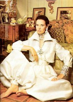 Gloria Vanderbilt at home.