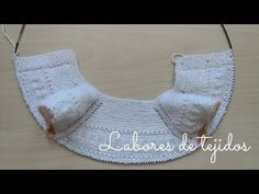 Jersey para bebé. Clase 2 ( Canastilla ) - YouTube Crochet Bikini, Knit Crochet, Baby Barn, Knit Baby Sweaters, Bebe Baby, Baby Knitting Patterns, Christmas Stockings, Baby Kids, Kids Fashion