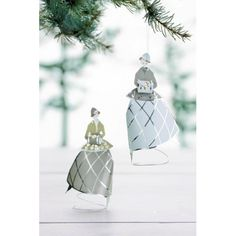 A pair of laser cut metal and paper figurines that can be free standing decorations or hung from your Christmas tree. One of each colour in a display box that makes them ideal gifts. By Danish designer Jette Frolich. Danish Christmas, Christmas Past, Scandinavian Christmas, Christmas Baubles, White Christmas, Xmas, Christmas Tree Decorations Sets, Wheel Of Life, How To Make Snow