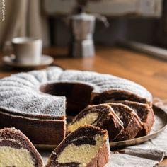 Ein absoluter Klassiker und eine tolle Kindheitserinnerung - Marmorkuchen mit Schokolade. Der Renner auf jedem Kindergeburtstag