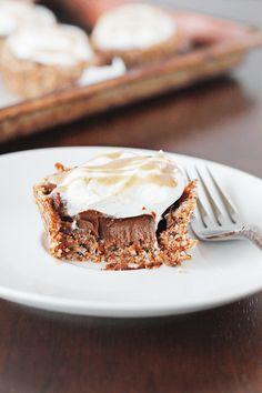 paleo chocOlate mousse tarts