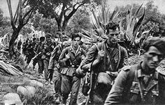 Gebirgsjagers from 5th Gebirgs Division (probadly 100th GJR) marching into positions Crete, 1941 #gebirgsjäger #division #gjr #crete #kreta #greece #1940 #position #march #erica #merkur #wwii #military #militaryhistory #history #wehrmacht #germany #deutschland #deutsch