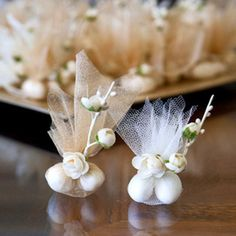 Almond Wedding Favours, Champagne Wedding Favors, Wedding Reception Favors, Elegant Wedding Favors, Wedding Favor Bags, Wedding Favors For Guests, Craft Wedding, Table Wedding, Sugared Almonds Wedding Favours