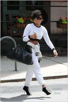 Soul and R&B singer, songwriter, composer Janelle Monae was seen out and about in New York City on Friday, May The Kansas native is just like you. She travels around the city without. Chic Outfits, Fashion Outfits, Womens Fashion, Street Chic, Street Wear, Style And Grace, My Style, Black Girl Fashion, Glamour