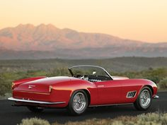 – – –– ––– 1958 Ferrari 250 GT LWB California Spider