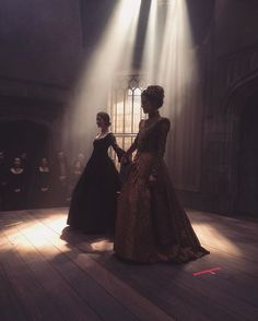 Re-writing history. ❤️#Reign #AddySoSmall #TinyFriends