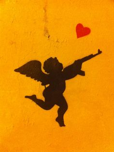 To love and protect #Streetart #Paris #Urbacolors