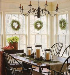 From Midwest Living -- Blending period details with modern comforts, a new Colonial-style home conjures the charm of Christmas past to give one Chicago-area family a memorable season. Country Decor, Farmhouse Decor, Modern Farmhouse, Style At Home, Home Interior, Interior Design, Colonial Style Homes, Modern Colonial, My Living Room