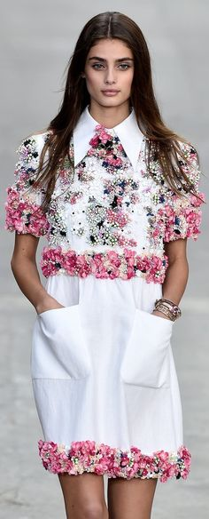 Chanel Spring 2015 Taylor Marie Hill
