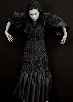 This dress is a nice example of smocking in lattice pattern. Xampagne Spring/Summer 2009 collection. www. xampagne.com