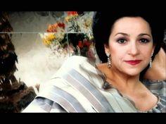 Ileana Cotrubaş - o distinsă româncă în istoria muzicală a lumii Leila, Opera Singers, Comme, Stars, Opera Singer, Classical Music, Musicians, Night, Beads