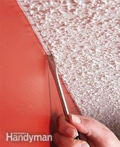 A neat, straight paint line at the top of a wall is tough to achieve next to a bumpy ceiling. Before you paint, drag a narrow flat-head screwdriver lightly along the ceiling. You'll get a clean paint line & no one will notice the line. Painting Tips, House Painting, Painting Walls, Painting Baseboards, Spray Painting, Painting Art, Wallpapering Tips, Paint Line, Decoration Inspiration
