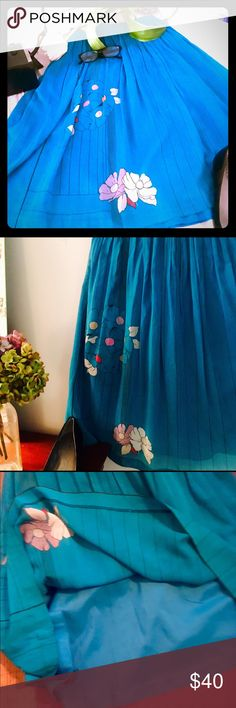 Epically Exquisite Vintage full skirt Waah waah waah  doesn't fit me and it sure hurts! 😪.  I fell in love with this incredible skirt at first sight. It's possibly handmade, definitely vintage but  hard to place because it has no tags. The skirt is full and makes me want to twirl  The colour is without a doubt the most beautiful I've ever seen . The skirt is so flattering t and definitely fits a size 0-2 Vintage Skirts A-Line or Full