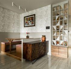 Traditional Interior Design Ideas For A Beautiful Home Decor, House Interior, Drawing Room Design, Minimalist Shelves, Home, Interior, Trendy Living Rooms, Room Partition Designs, Home Decor