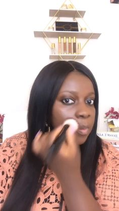 Discover the latest Beauty Trends at Omolewa Cosmetics. Find lipstick, eyeshadow and foundation for women of all skin types and shades. Fair & Dark skin Makeup womens Makeup Looks womens Makeup Dramatic womens Makeup Smokey Eye womens Makeup Natural Makeup Tutorial Step By Step, Makeup Looks Tutorial, Makeup Tutorial For Beginners, Black Girl Makeup, Girls Makeup, Black Makeup Looks, Maquillage Yeux Cut Crease, Looks Dark, Dark Skin Makeup