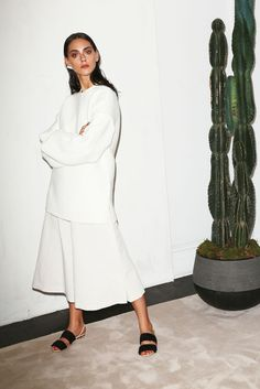 See all the Collection photos from Chadwick Bell Spring/Summer 2015 Ready-To-Wear now on British Vogue London Fashion Weeks, Fashion Week Paris, Fashion Show, Fashion Outfits, Womens Fashion, Fashion Design, Catwalk Fashion, Ny Fashion, Looks Cool