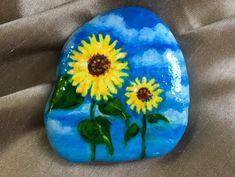 Beautiful DIY Painted Rock Ideas Pebble Painting, Pebble Art, Stone Painting, Diy Painting, Rock Painting Patterns, Rock Painting Ideas Easy, Rock Painting Designs, Stone Crafts, Rock Crafts