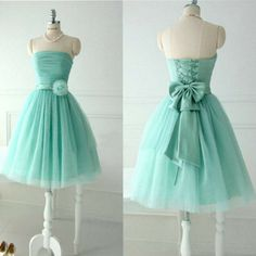 Lovely Strapless Mint Tulle Short Prom Dresses For Teens, Flower Bow Sash Lace up Party Gowns Party Dress