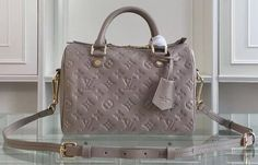 Buy Authentic Louis Vuitton Handbags : Handbags - Louis Vuitton Women Louis Vuitton Men Louis Vuitton Styles Buy Authentic Louis Vuitton Handbags from Factory Outlet Buy Louis Vuitton, Louis Vuitton Handbags, Louis Vuitton Speedy Bag, Vuitton Bag, Gucci Handbags, Cheap Handbags, Handbags Online, Fashion Handbags, Fashion Bags