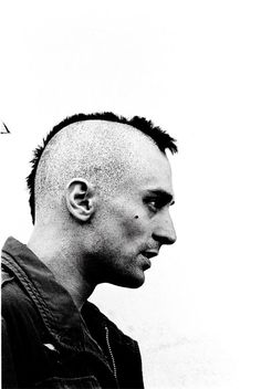 "Robert De Niro as Travis Bickle - ""Taxi Driver"", 1976. °"