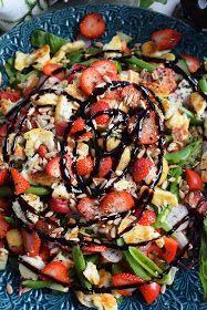 Smaskelismaskens: Matig sallad med halloumi och jordgubbar