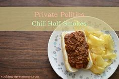 Private Politics Ben's Chili Bowl Copy-Cat Chili Dogs – Cooking Up Romance Chili Bowl Recipe, Chili Recipes, Soul Food Kitchen, Test Kitchen, I Love Food, Good Food, Dehydrated Onions, Chili Dogs, Dinner Sides