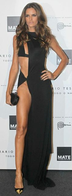 Super sexy dress. Izabel Goulart