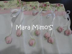 Sacos em piquet = fustão para levar as roupinhas na maternidade esses com tulipa na ponta da fita  Consulte estampas  valor unitário tamanho 40x30cm R$ 24,00