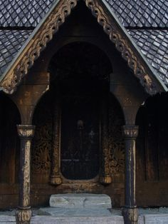 Ginn needs a bigger house with an amazing doorway, don't you think? (Hopperstad Stave Church in Vik, Norway. by Nikiboy) House Mormont, Vikings, Bear Island, Viking Village, Death On The Nile, Out Of Africa, Places To Go, World, Building