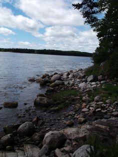 Maine coast - water ice cold