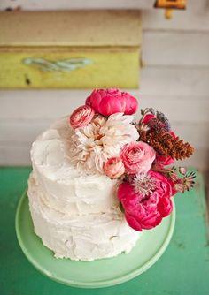 Wedding Cakes | Lush Pink Flowers