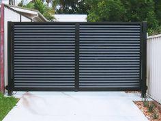 Aluminium driveway entrance gates Sunshine Coast, Brisbane and Gold Coast Aluminum Fence Gate, Corrugated Metal Fence, Aluminium Gates, House Arch Design, Door Gate Design, Driveway Entrance, Entrance Gates, Front Gates, Front Fence