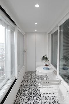 Interior Balcony, Balcony Furniture, Cafe Interior, Interior Styling, Interior Design, Small Balcony Decor, Balcony Design, Seoul Apartment, Backyard Kitchen