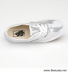 Sparkly vans ooooh! I need these!!