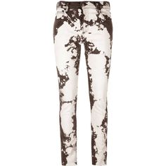 Gucci bleached skinny jeans ($700) ❤ liked on Polyvore featuring jeans, grey, gray jeans, skinny leg jeans, gucci, floral jeans and gucci jeans