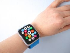New technology is certainly fashionable, so if you're more interested in form than function when it comes to wearable tech, then why not take a page out of Hiné Mizushima's book and make yourself a super low-tech Apple Watch? Using just a little felt fabric, some miscellaneous buttons, and a …