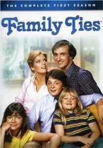 Amazon.com: Family Ties: Season 1: Michael J. Fox, Michael Gross, Meredith Baxter, Justine Bateman, Tina Yothers, Belita Moreno, Enid Kent, ...