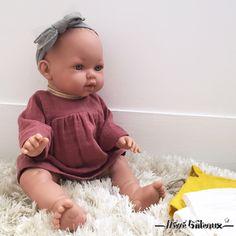 Comment résister à jouer à la poupée avec ces petits vêtements bohème chic !Vos enfants se feront un plaisir de les habiller et déshabiller pour mixer …