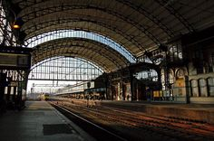 Haarlem Station, perrons