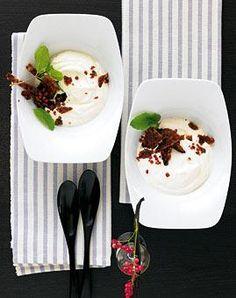 Rezept: Vanillecreme mit Cranberry-Karamell - [LIVING AT HOME]