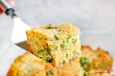 Low Carb Cornbread is the perfect addition to ANY keto low carb menu plan! Make ahead, eat all week. ALMOND FLOUR cornbread is broccoli cheddar cornbread Low Carb Menu Planning, Low Carb Menus, Low Carb Recipes, Keto Taco, Taco Pie, Meat Lovers Pizza, Keto Chicken Casserole, Low Carb Slow Cooker, Chocolate Cookie Recipes