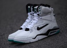 "Is The Nike Air Command Force ""OG Emerald"" Limited To 50 Pairs? - SneakerNews.com"