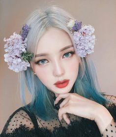 9 Korean Makeup Looks – My hair and beauty Korean Makeup Look, Korean Makeup Tips, Korean Makeup Tutorials, Asian Makeup, Korean Makeup Ulzzang, Ulzzang Makeup Tutorial, Pony Makeup, Eye Makeup, Long Curly Hair