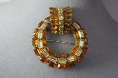 Vintage Juliana Citrine Yellow Crystal Glass Stone Circle Brooch   eBay