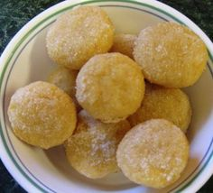 Low Cal Dessert 1: Mini Muffin Yogurt Cakes   LUUUX