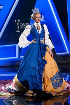 MISS UNIVERSE 2015 :: NATIONAL COSTUME | Paulina Brodd, Miss Universe Sweden 2015, debuts her National Costume on stage at Planet Hollywood Resort & Casino Wednesday, December 16, 2015. #MissUniverse2015 #MissUniverso2015 #MissSweden #MissSuecia #PaulinaBrodd #NationalCostume #TrajeTipico #LasVegas #Nevada