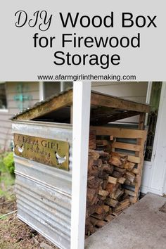 This DIY wood box is necessary for those who utilize wood during the winter months. Tip on how to easily construct one at zero cost is ideal for those who live the homesteading life. storage DIY Wood Box for the Homestead Outdoor Firewood Rack, Firewood Holder, Firewood Shed, Firewood Storage, Wood Storage Sheds, Diy Storage, Outdoor Storage, Backyard Storage, Backyard Seating
