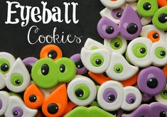 """How to make creepy eyeball cookies with a heart, mustache, round, and number """"8"""" cookie cutter!"""