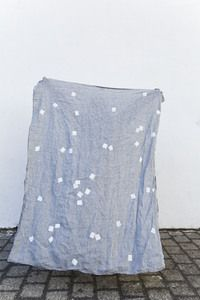 "Image of Linen throw ""Square drops gray"""